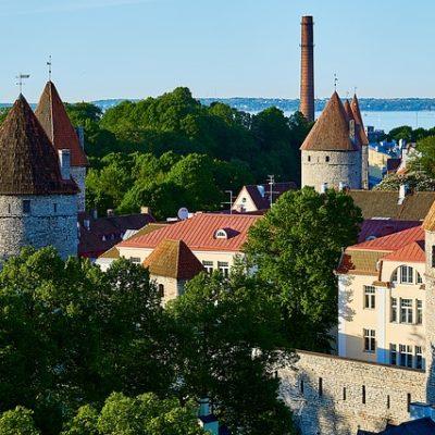 estonia-2400975_640
